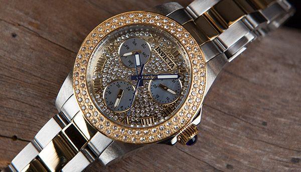 10 redenen waarom een horloge het ultieme cadeau is voor haar