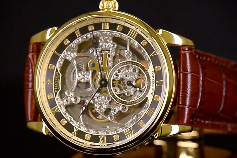 Pionier Berlin Diamonds Automatics