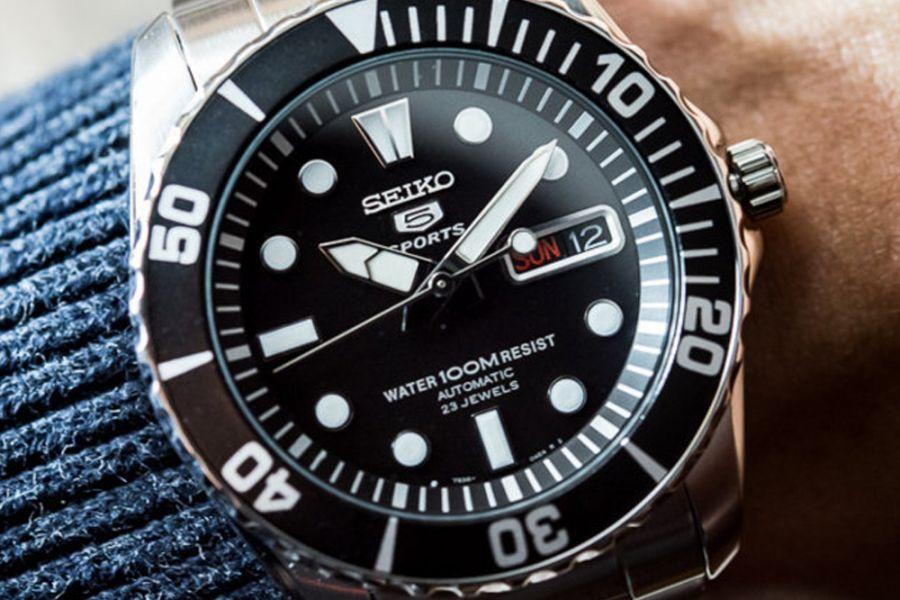 Seiko 5 Sports Automatic | SNZF17K1