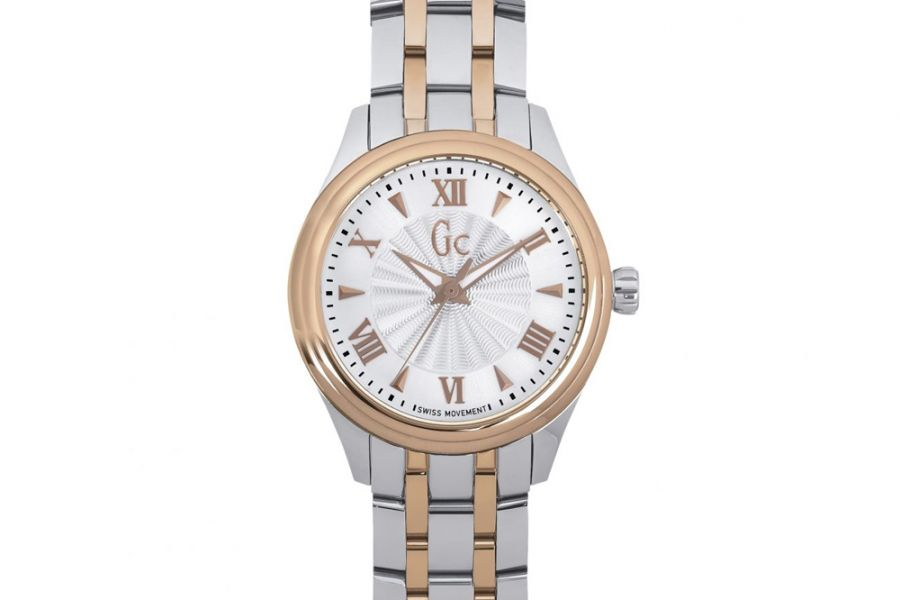 GUESS Collection Smartclass   Y03002L1